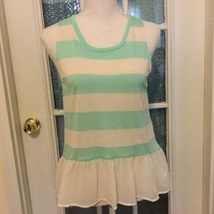 Chloe K top size small